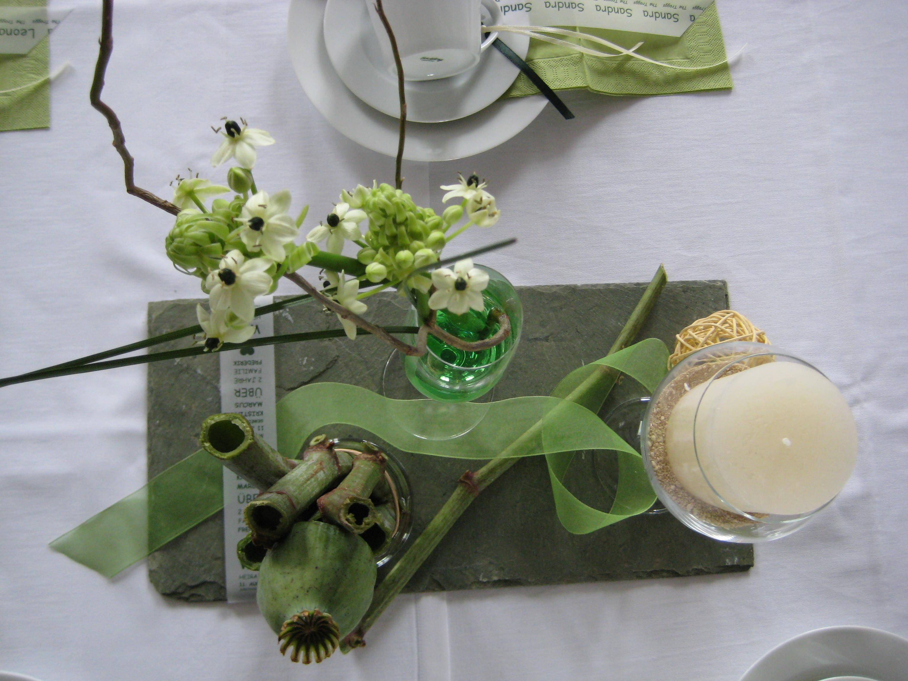 Pin tischideen mit glas moderne glasgef e trendig - Moderne glasvasen ...